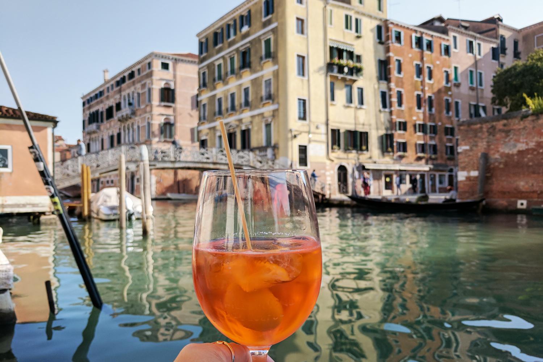 14venice-canal-italy-spritz