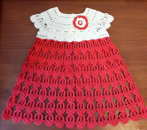 ❤ I loved this model of red and white dress for Christmas simple and delicate see step by step free pattern good night friends 😄😄