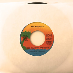 THE BUGGLES:VIDEO KILLED THE RADIO STAR(JACKET A)