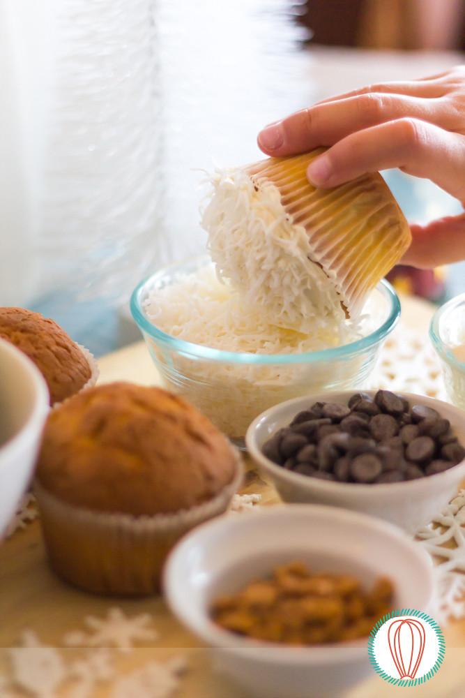 Little Foodies: Snowman Cupcakes