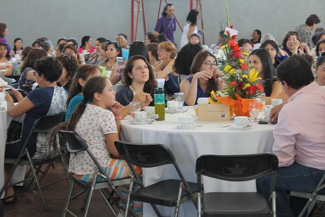 2017-11-30 Egreso Mujer Jefas de Hogar