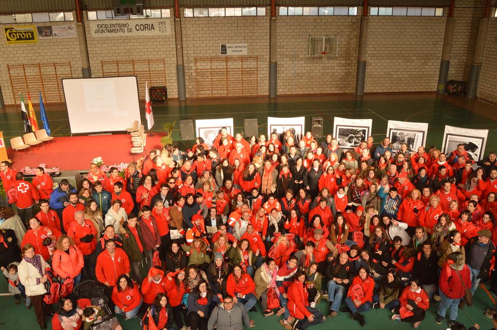 Coria ha acogido a 600 voluntarios de Cruz Roja de toda Extremadura con motivo de la celebración Día del Voluntariado