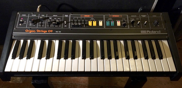 Roland RS-09 String Synth
