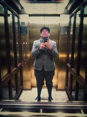 The mirrored hotel elevator self portrait. #bosnhnytripnov2017