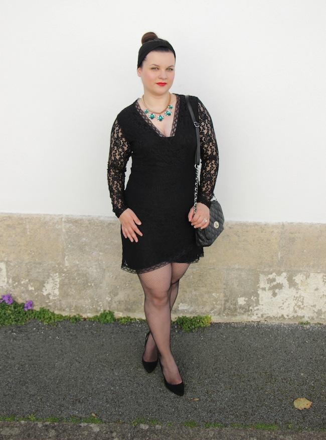 comment_porter_petite_robe_noire_noel_look_fetes_conseils_blog_mode_la_rochelle_16