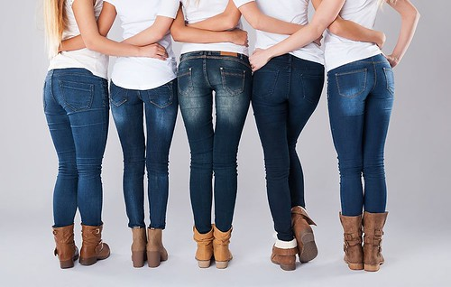 Should You Really Keep Old Jeans As Weight-Loss Motivation?