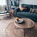 stoere lounge stoel en salontafel woonkamer