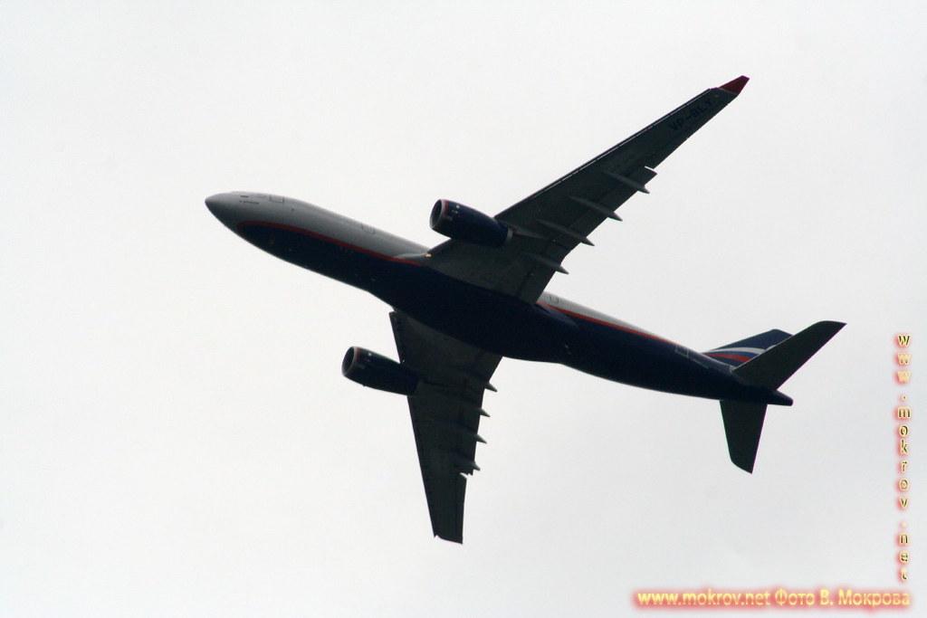 Пассажирские самолеты.