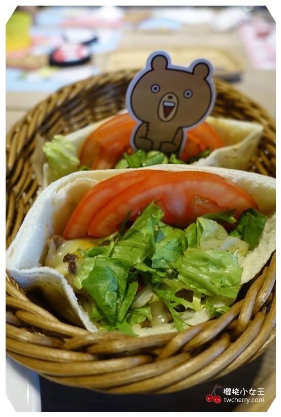 兔丸USAMARU,頑食概念餐廳Foodplay-誠品信義店,主題餐廳,貼圖餐廳,sakumaru@うさまるといっしょ,親子餐廳,球池,期間限定,捷運板南線市政府站餐廳,兔丸商品