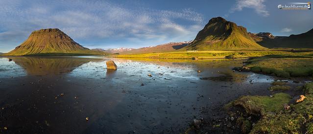 Low tide in the Hálsvaðall