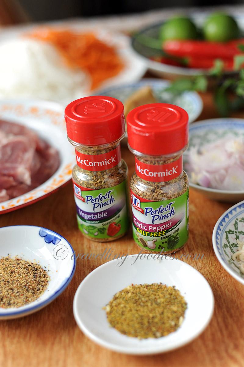 Thịt Heo Nướng Xả – Vietnamese Grilled Lemongrass Pork Chops