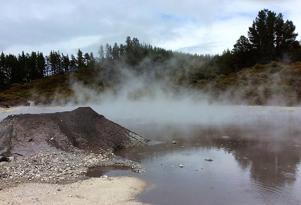 Тикитере - новозеландские ворота в ад
