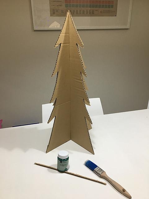 10 Calendario adviento árbol DIY cartón reciclado
