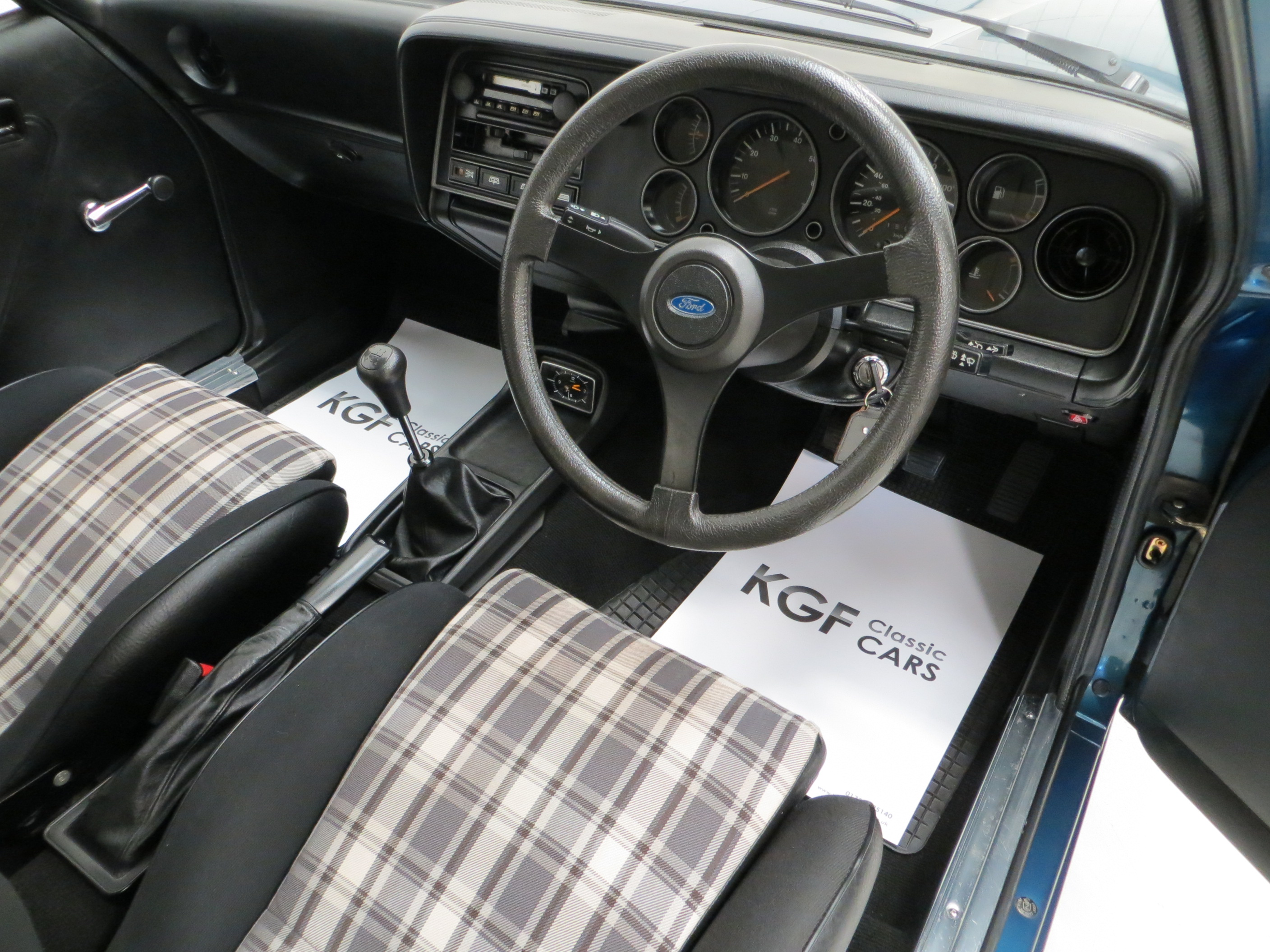 An Incredible Ford Capri 30s With 28980 Miles Sold Pe1 Retro 1980 Interior By Kgf Classic Cars On Flickr