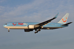 SE-RFS Boeing B767-304ER ESSA 27-11-13