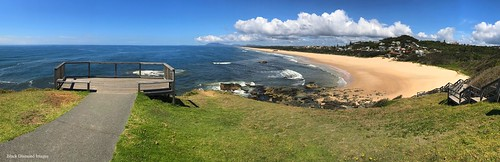 view lighthousebeach tackingpointlighthouse tackingpoint portmacquarie nsw australianbeaches midnorthcoast beach northbrothermountain panorama appleiphone7plus iphone7plus appleiphone7pluspanorama iphone7pluspanorama iphonepanorama water sky beachlandscapes landscape grass sea sign lookout