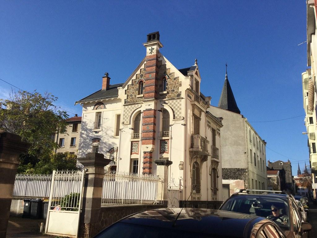 Restaurant Place De La Victoire Clermont