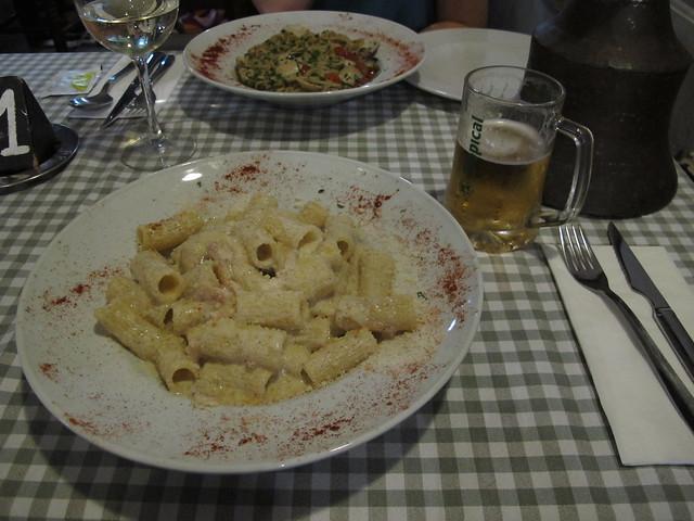 sunday, pasta for dinner, puerto de mogán, gran canaria