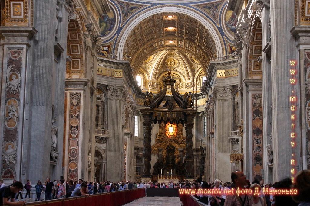 Государство — город Ватикан с фотокамерой прогулки туристов