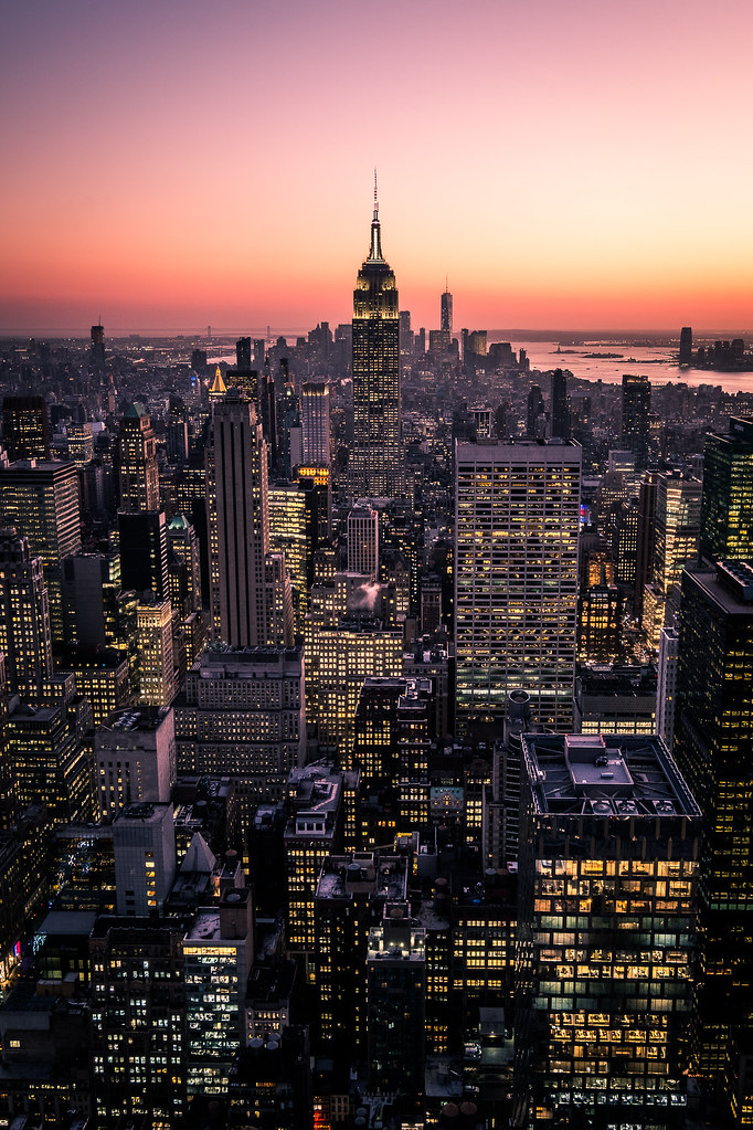 Manhattan at sunset, New York picture