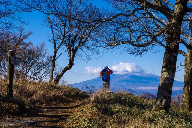 富士山を撮影する先行者@不動ノ峰