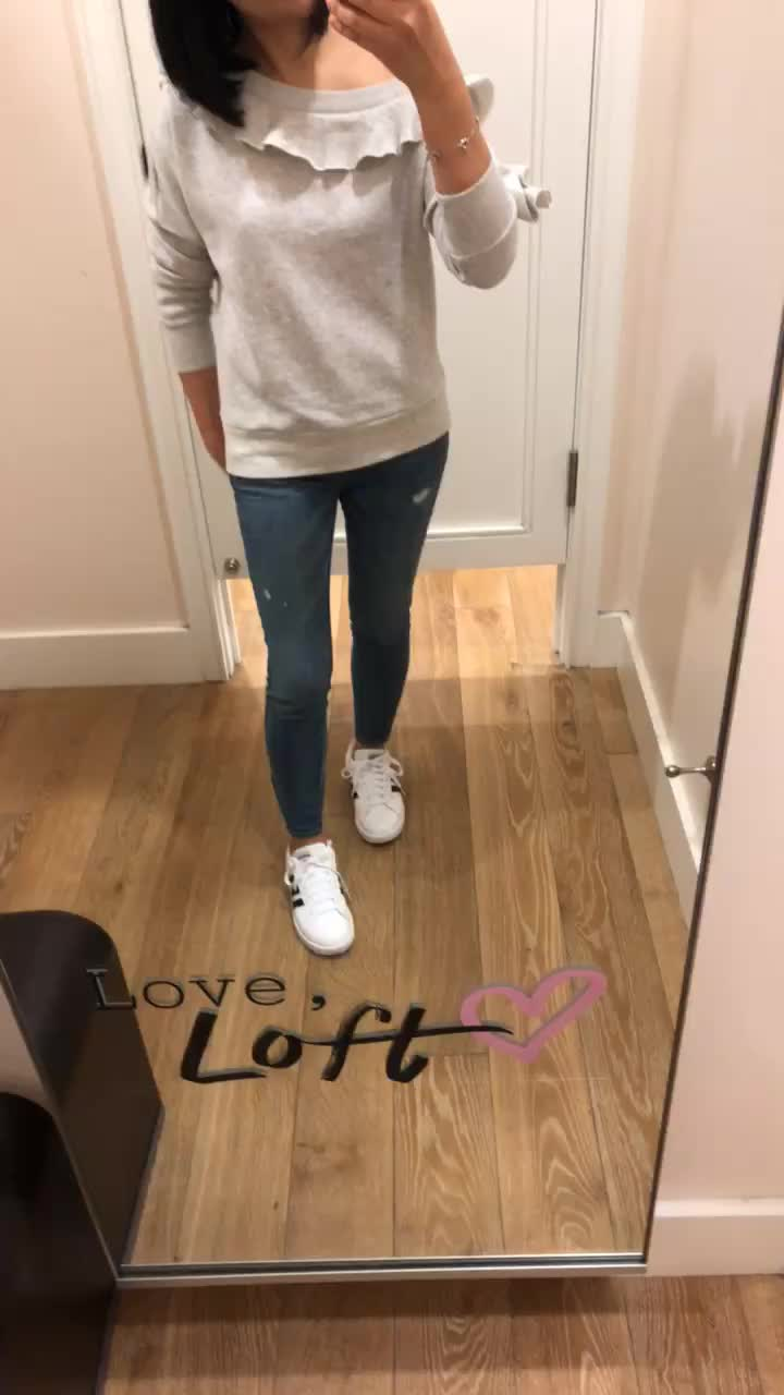 Lou & Grey Ruffle Off The Shoulder Sweatshirt, size XS regular
