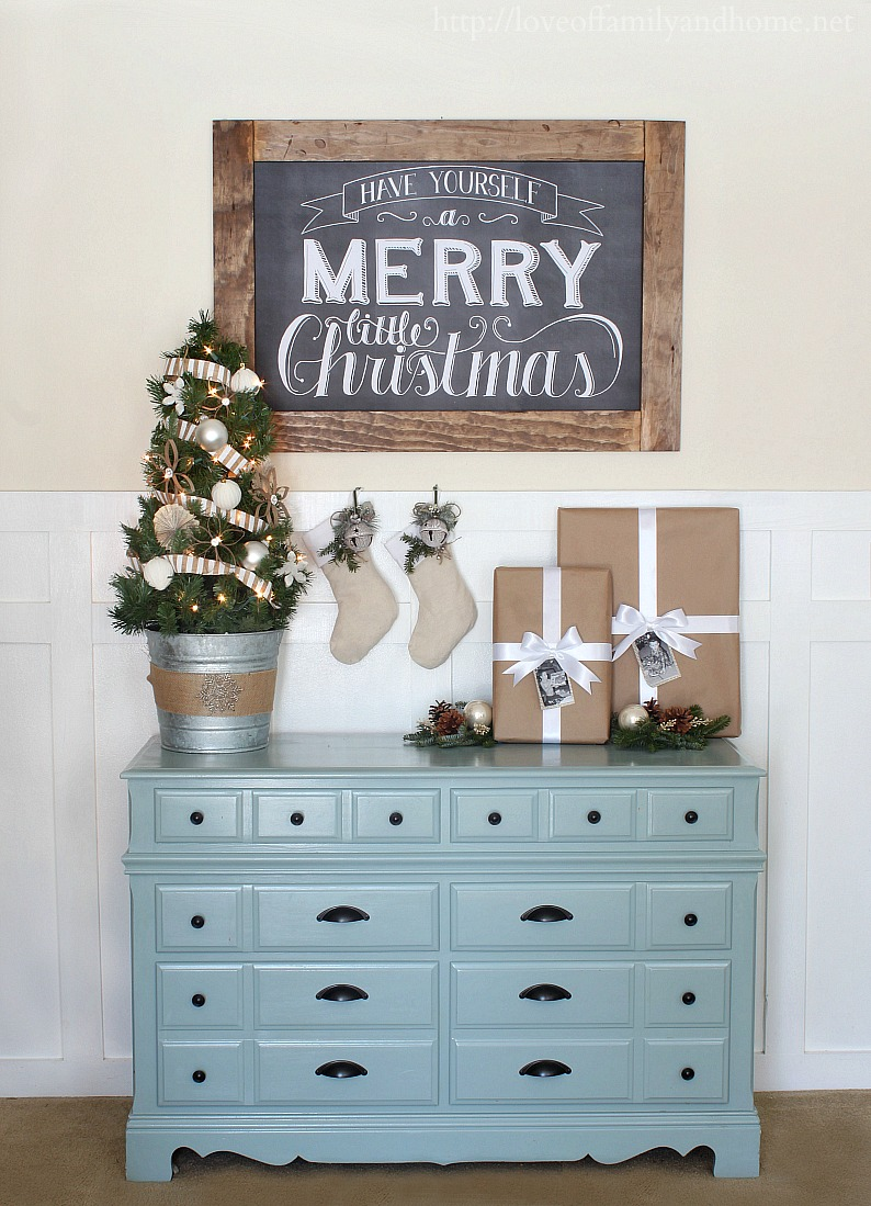 Christmas Vignette How to Holiday Decorate Small Space Tiny Table Tree