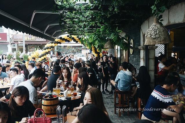 3.Starker Bistro Malaysia (Grand launch)