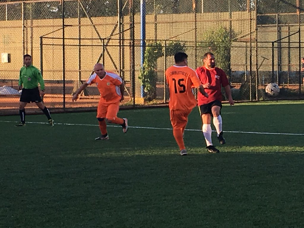 Clubes Seccionales de la Compañía Siderúrgica disfrutan del futbolito en el C.D.Huachipato