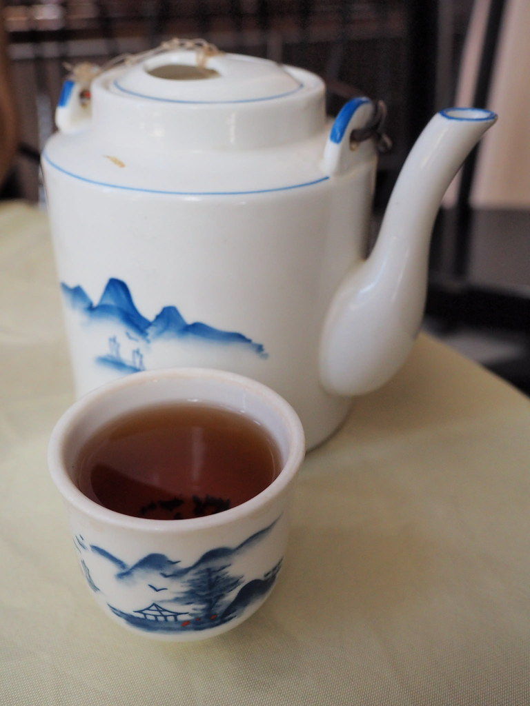 A pot of Chinese Tea to go with the dim sum