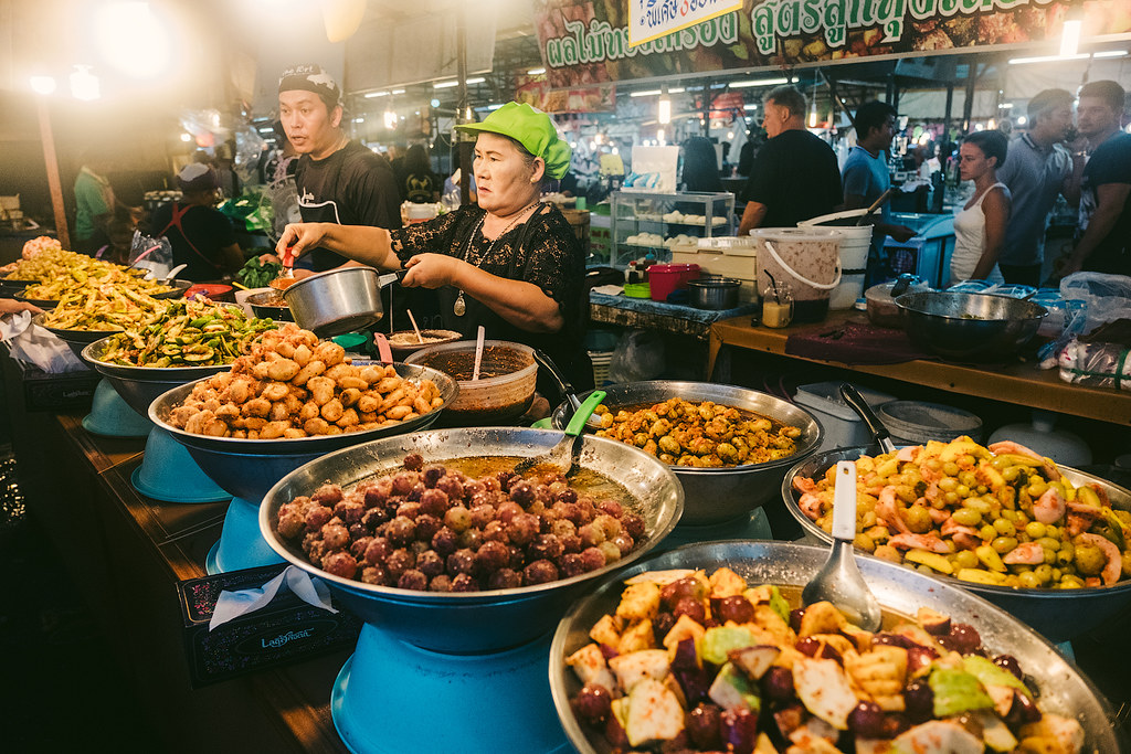 Thai night market