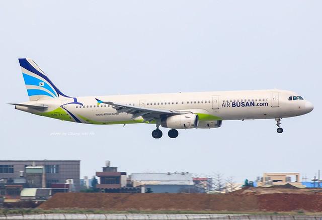 Air Busan Airbus A321-232 HL8072