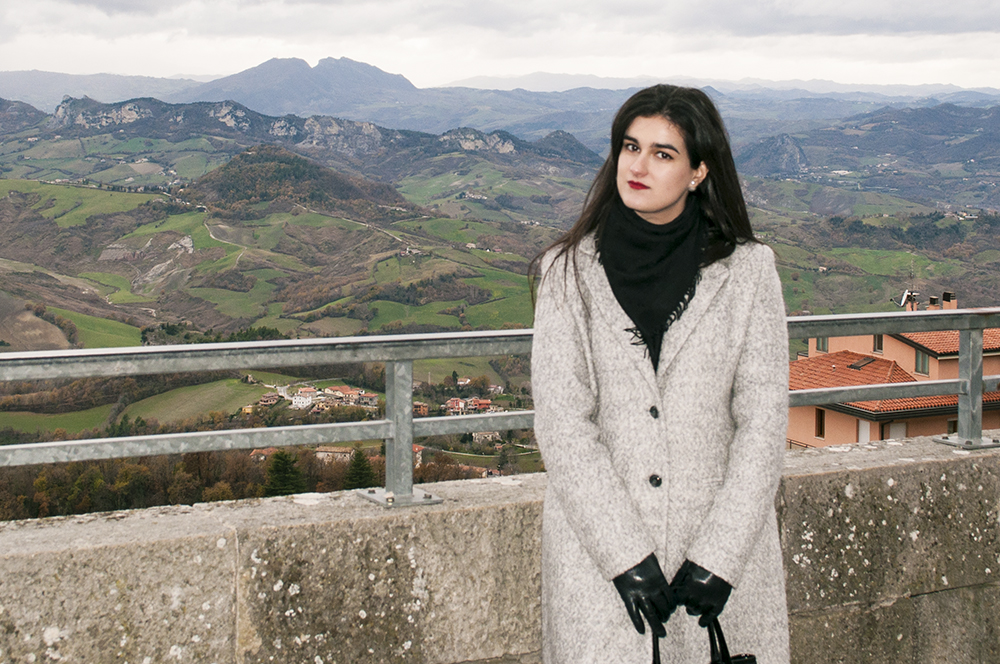 something fashion blogger influencer streetstyle firenze spain italianbloggers erasmus student urbino san marino tourism whattovisit christmas festa del duca_0064