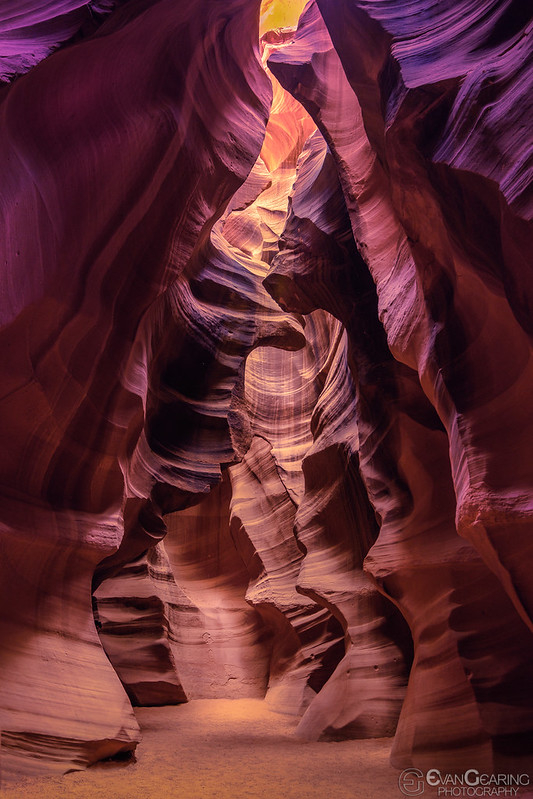 Upper Antelope Canyon 02