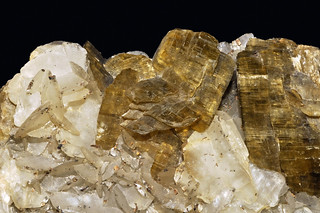 siderite, quartz, pyrrhotite