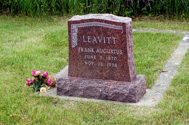 Grave of Frank Augustus Leavitt (1870-1936), my great-grandfather