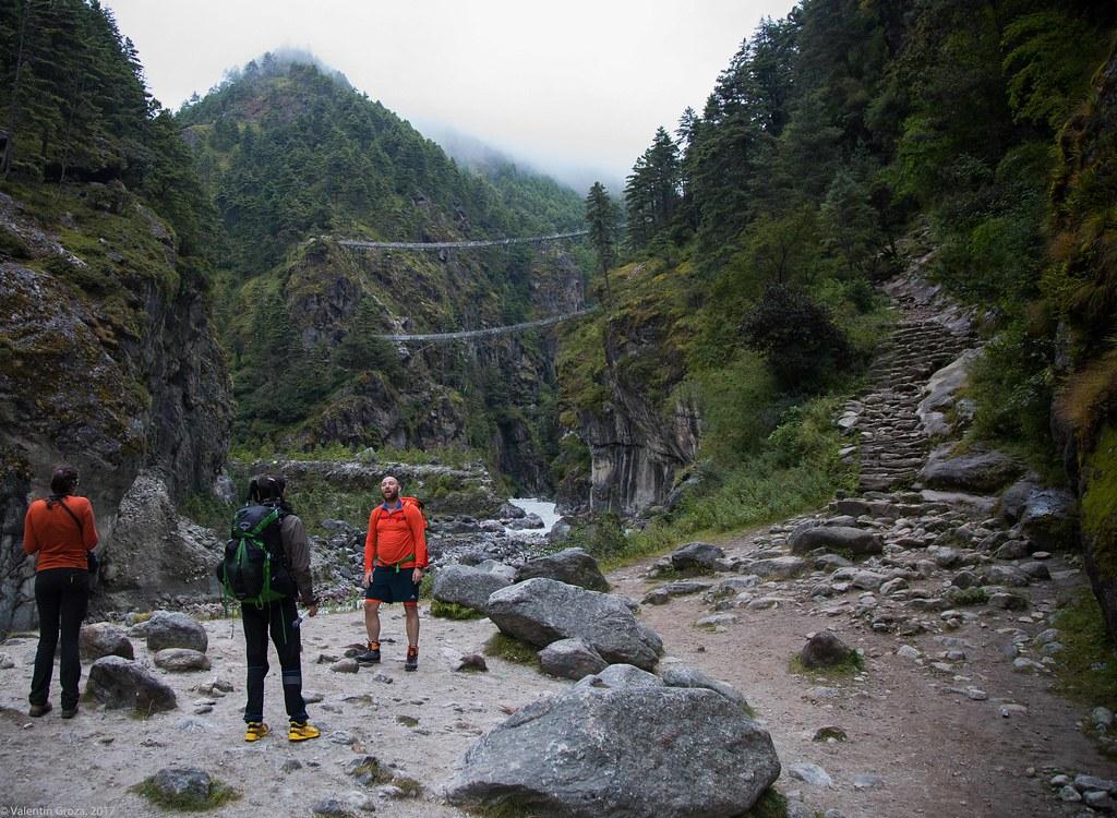 Trail to Namche 15