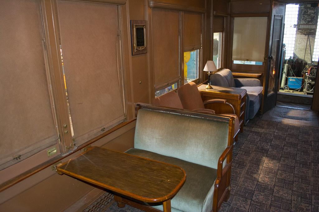 observation lounge 03 - Mount Baxter Pullman