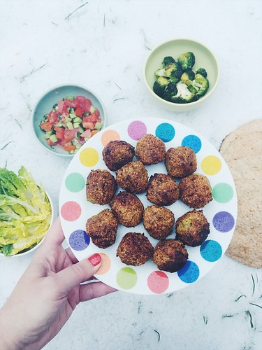 falafel at midnight, årstiderna organic food box, december 2017
