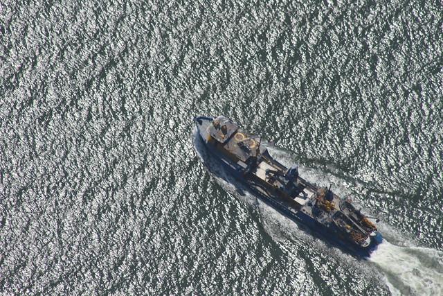 a menhaden boat working islands IMG_9712
