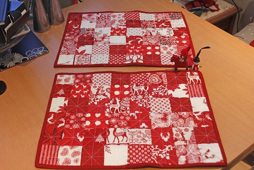 Christmas table mats and runners