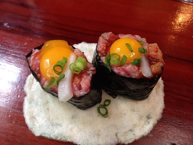 gifu-takayama-kotteushi-hida-beef-sushi-gunkan-01