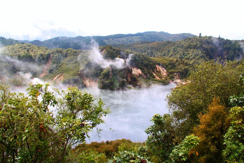 Новозеландский Аватар - вулканическая долина Ваймангу