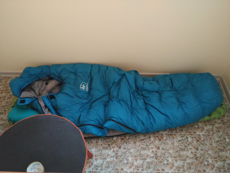 Testing my new Outdoor Vitals Summit 20°F sleeping bag on the balcony :)