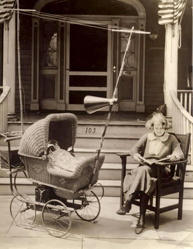 Pram provided with a radio, including antenna and loudspeaker, to keep the baby quiet. United States, 1921