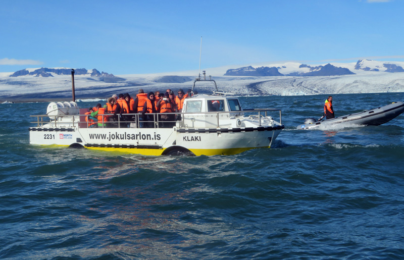 jokulsarlon-amphibious-vehicle
