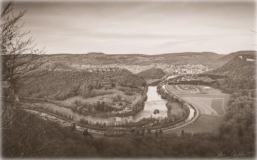 Vintage River (O59c)