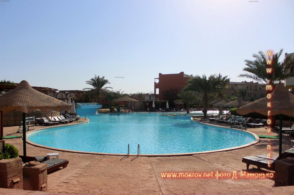Шарм-эш-Шейх — город-курорт в Египте туристов с Фотоаппаратом