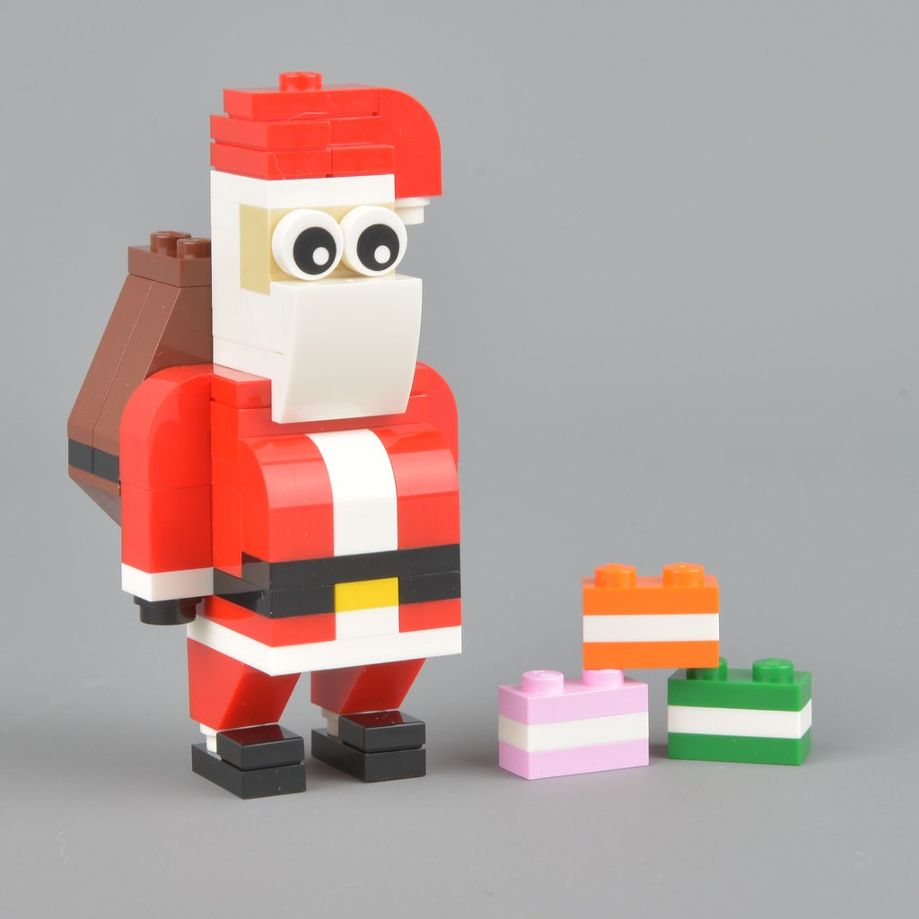 30478 Santa Claus