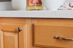 5 bước làm sạch tủ bếp gỗ hiệu quả